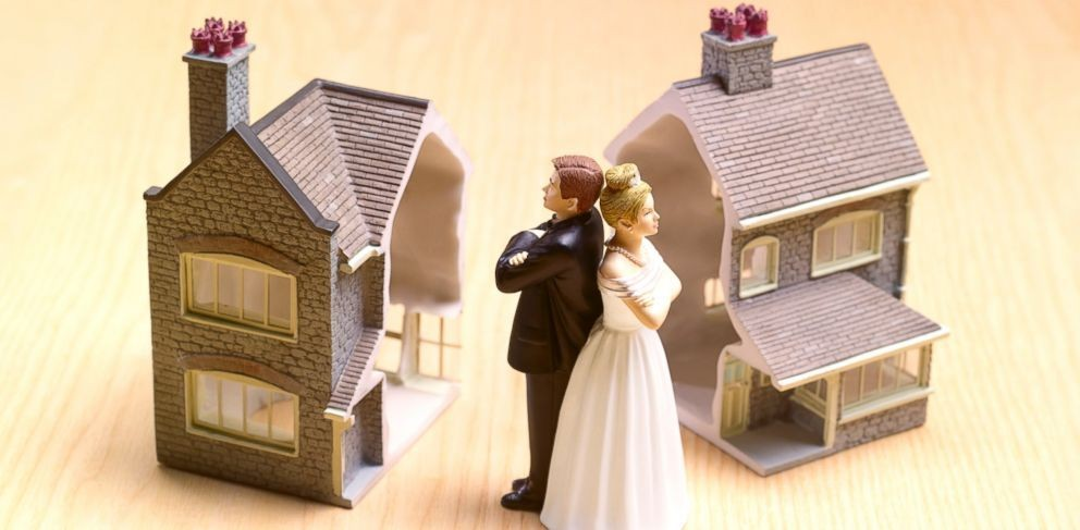 Considering divorce? Think about your tax filing status