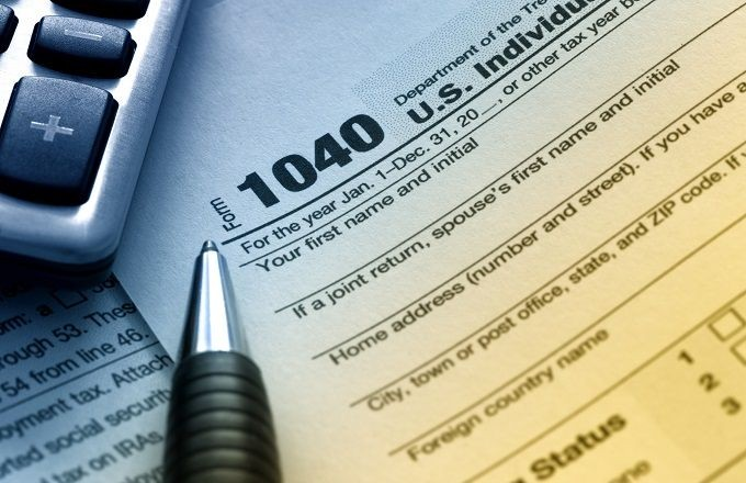 IRS Debuts Postcard-sized 1040 for 2018